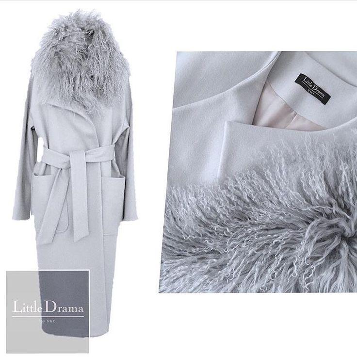Наши любимые #пальто со съемным воротником из меха ламы от @littledrama_by_nc…