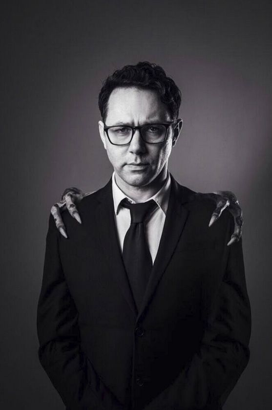 "Reece Shearsmith - Tweeted by Reece: ""Had my portrait taken today by the talented @mattyc24. Complete with original arms from ""Gremlins 2""!"""