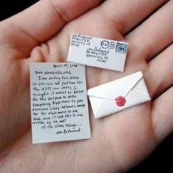 Cute idea - a miniature letter from the tooth fairy. A little glitter for that magic touch and your set.
