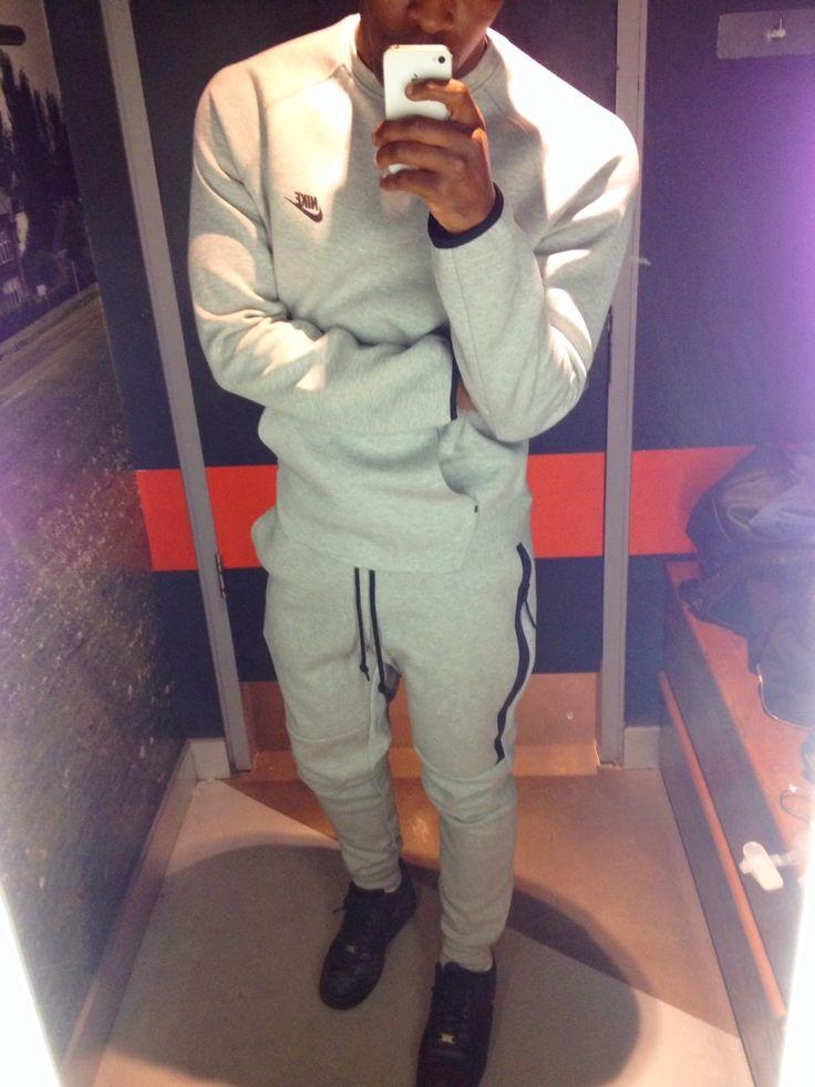online retailer 2b754 d3664 mens nike sweatsuit