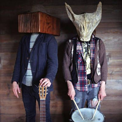 Found Fly Low Carrion Crow by Two Gallants with Shazam, have a listen: http://www.shazam.com/discover/track/45282289