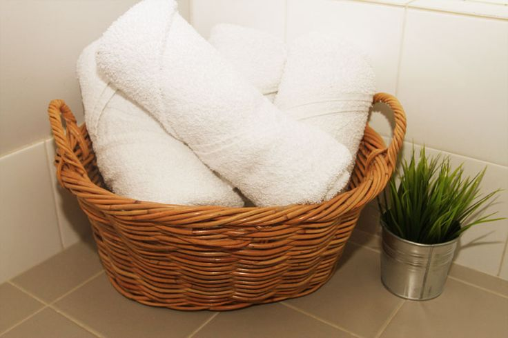 How awesome is that feeling when you're on holiday and you've been out in the sun all day, you come home to a freshly cleaned room, walk into the bathroom and grab one of those beautifully rolled towels off the shelf and hop into a nice relaxing shower. Why can't we have these luxuries at home. It's…