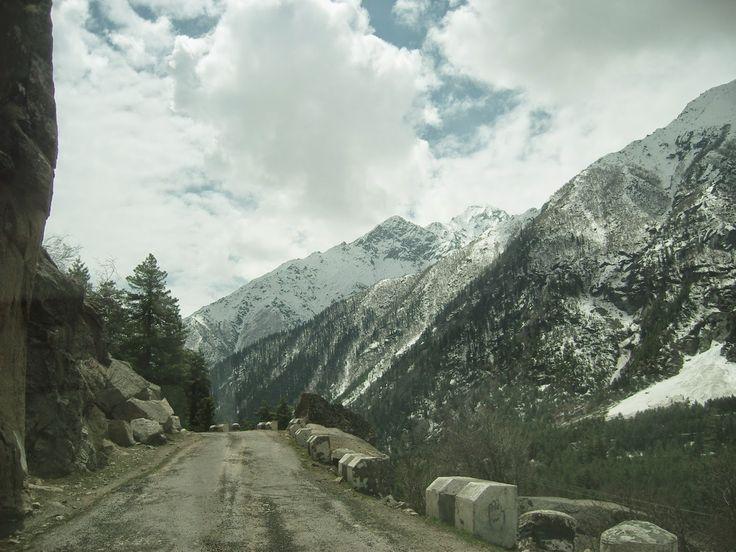 Visiting the Himalayas.: Sangla valley