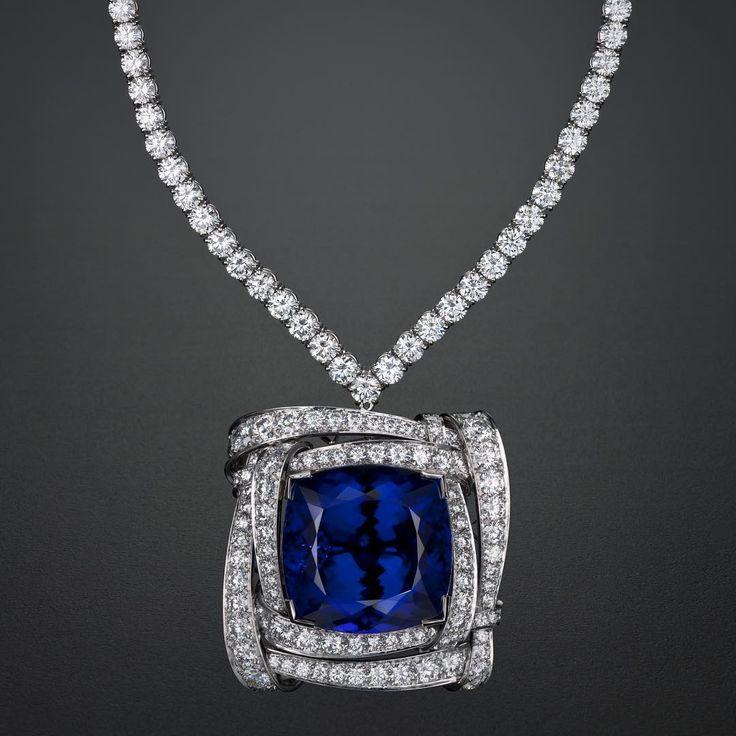 Dream Big, Dream Tanzanite. One of a kind Van Cleef & Arpels Tanzanite and Diamond Necklace