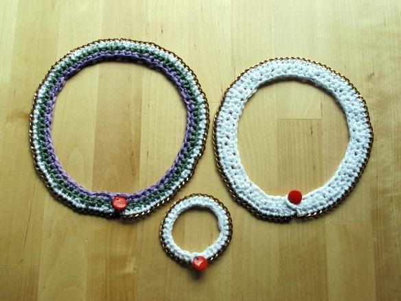 colletti e bracciali fettuccia e catena