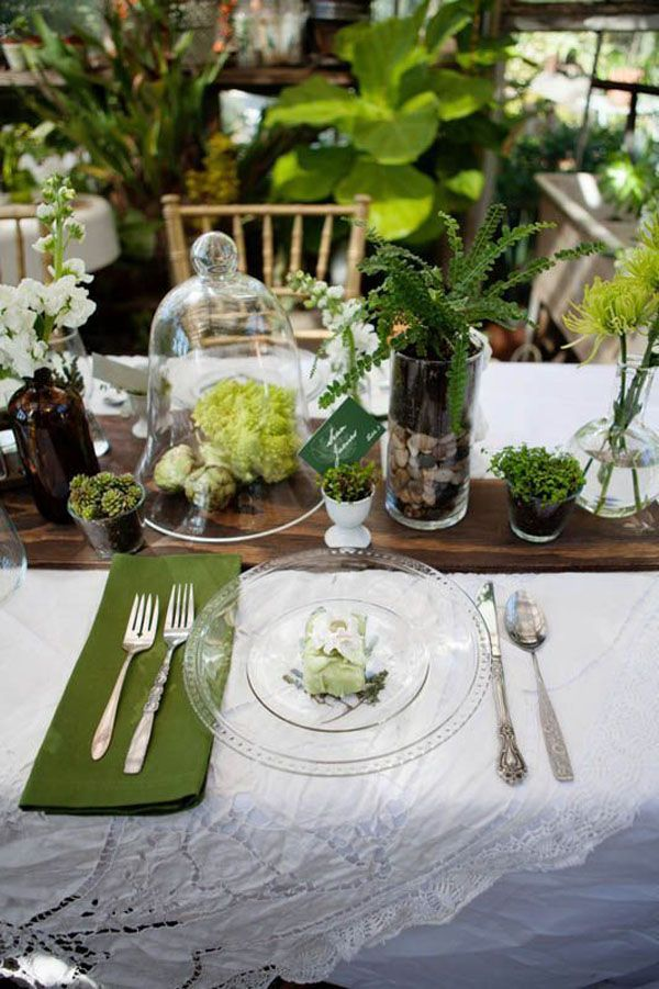 botanical tablescape http://weddingwonderland.it/2015/07/matrimonio-botanico.html