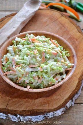 kuchnia na obcasach: Surówka z kapusty pekińskiej ze świeżym ogórkiem i sosem chrzanowym