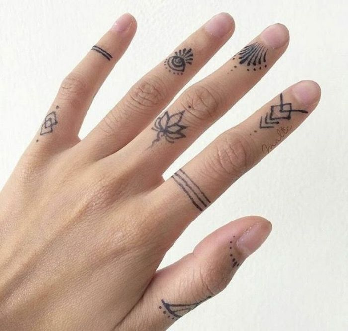 1001 Ideas Y Consejos De Tatuajes En Los Dedos Small Finger Tattoos Knuckle Tattoos Henna Finger Tattoo