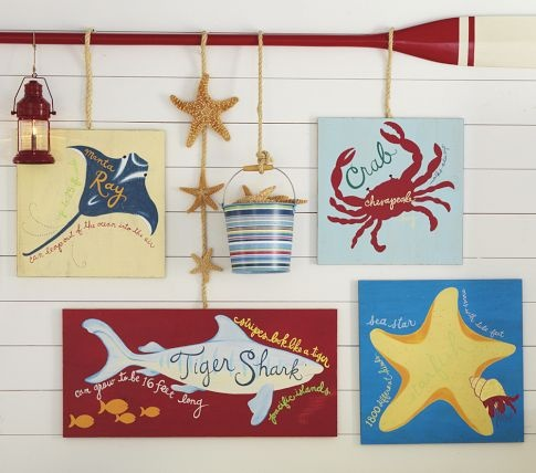 Primary surf plaques by Pottery Barn Kids - perfect for a beach-themed children's room!