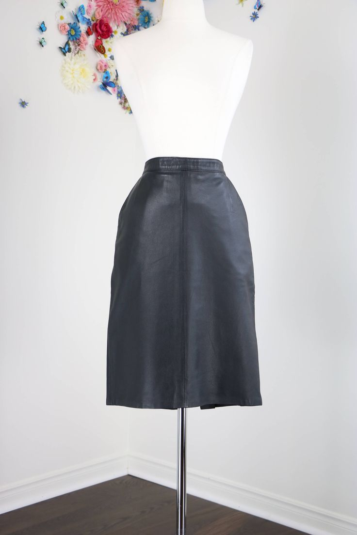 Sexy Vintage Black Leather Pencil Skirt With Pockets Size Medium Knee Length Perfect Condition by VintageBySuzanne on Etsy