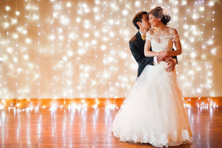 Dyi backdrops with string of white lights. Brilliant! and so romantic