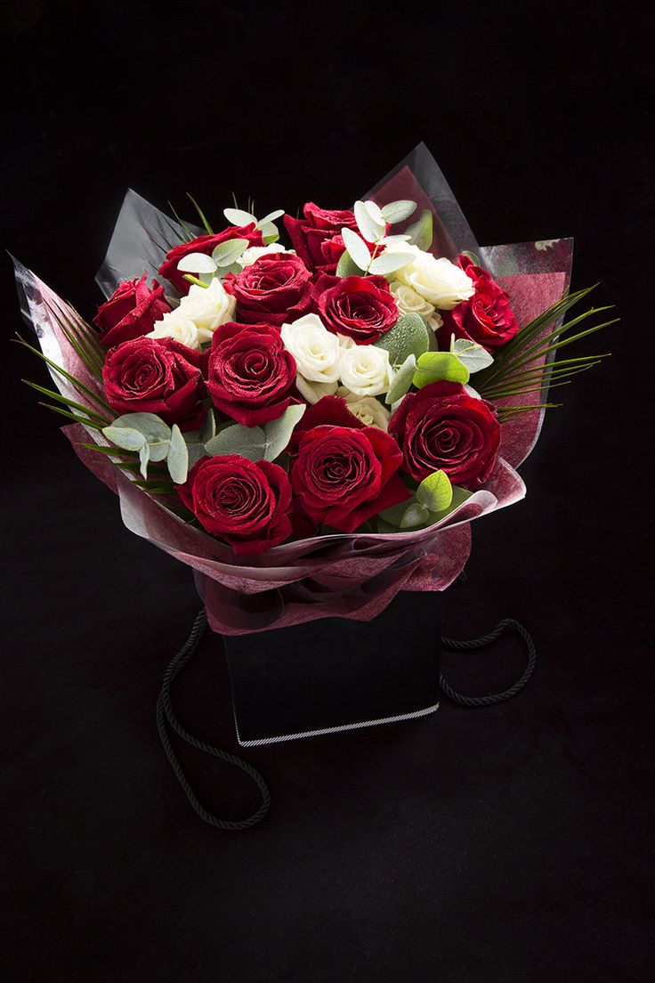 Our Simply Better Hand Tied Freedom & Spray Rose Gift Bouquet is the perfect gift for your loved one.