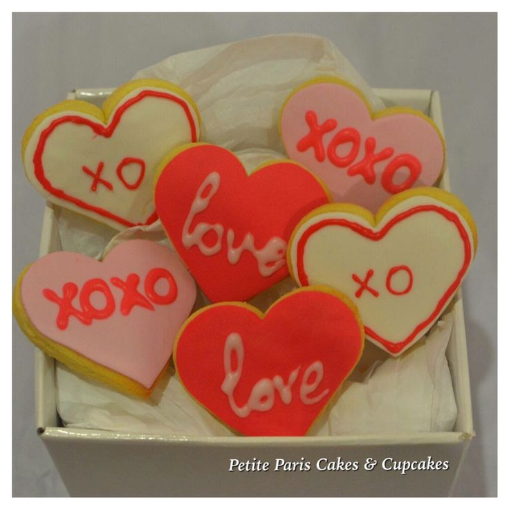 Spoil your loved one with these #valentinesday #cookies  #forhim #forher order yours today http://www.petitepariscupcakes.com/#!valentines-day/moi1s
