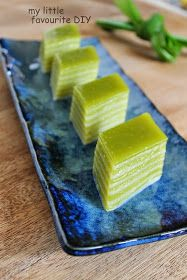 Saw this Awesome Indonesian Pandan Coconut Kuey Lapis from Vic 's place. I just can't resist not making this so i have done it :D Thanks...