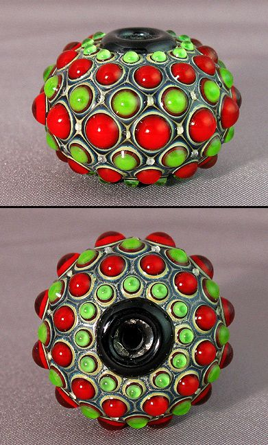 pretty sure this is an Eric Radar bead. If anyone is in currenct contact w/ him let me know I want some of his beads!!!!!!!!!!!!