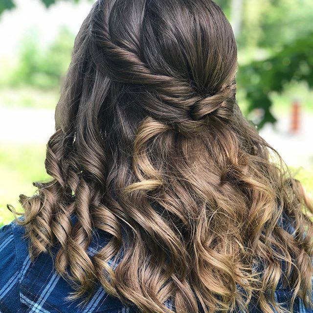 New The 10 Best Hairstyle Ideas Today With Pictures Grade 8 Grad Using All Matrix Styling Products Grade8grad Cool Hairstyles Hair Styles Hairstyle