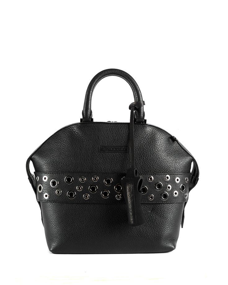 Malloni leather tote bag // Shop at Malloni Online Boutique