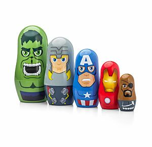 Five plastic Marvel nesting dolls featuring four of the Avengers and Nick Fury. Nick Fury gets his hand in everything.