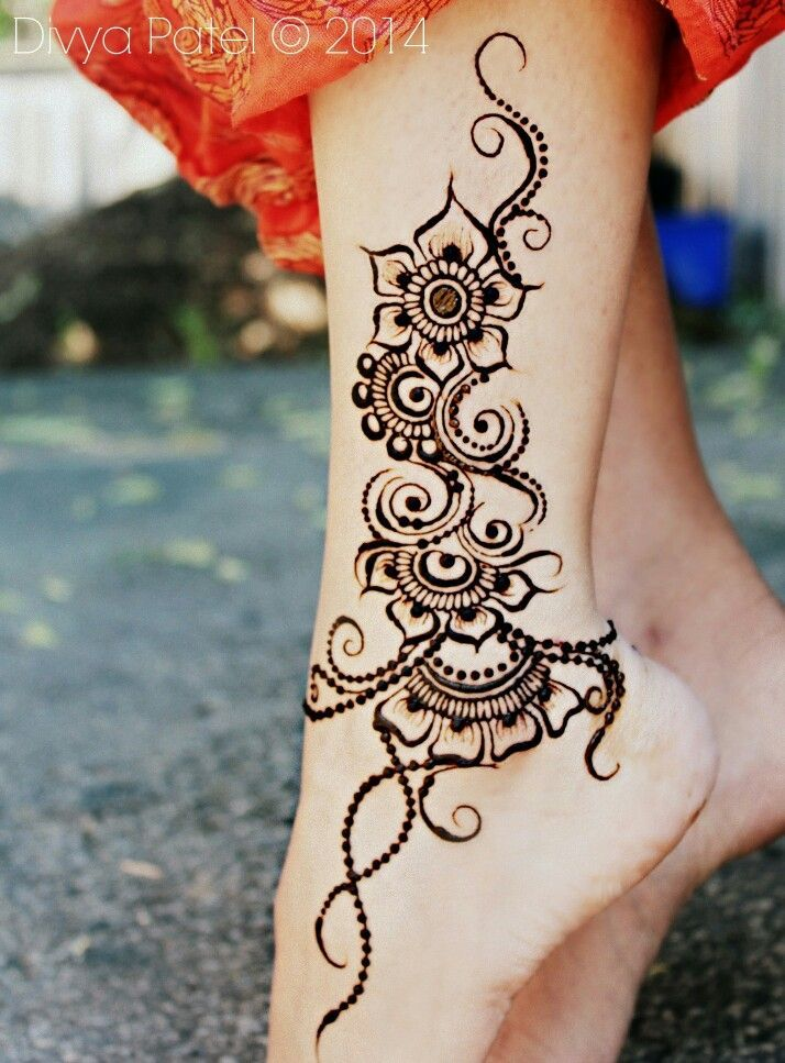 Ankle/foot henna. By divya