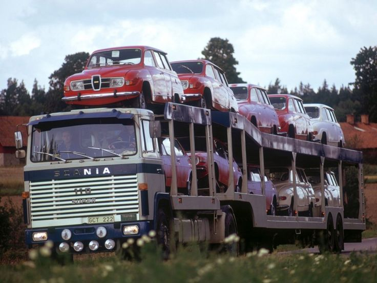 Scania LBS110 1968-1972 with some Saabs. Wish this truck would stop today on our doorstep to unload. Even one would be enough. We had exactly the same as the first one on top