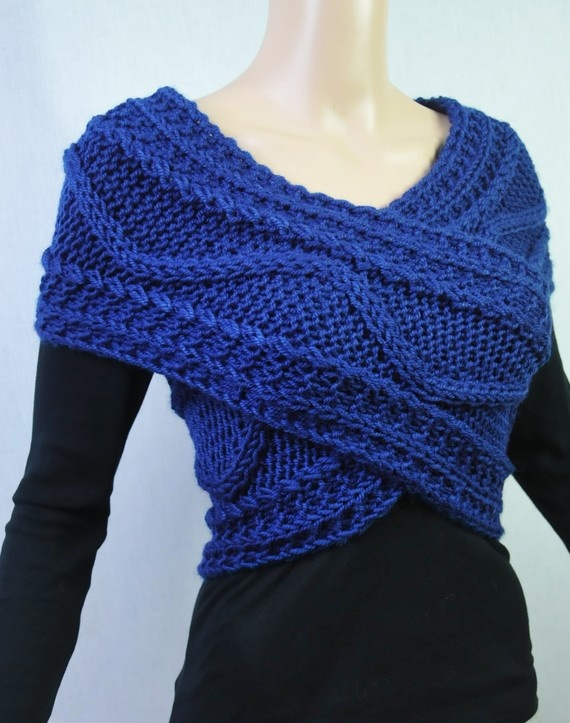 Love this scarf you can wear it this way or as a circle scarf... I want :)