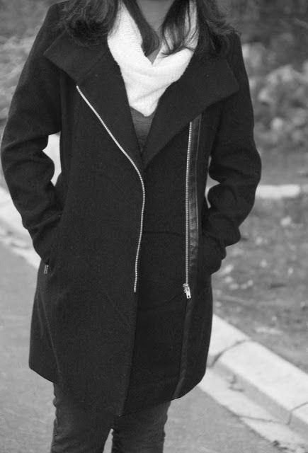 #black #coats #classic #sa #style #styleblogger #trends #winter #fashion #bloggertrends #blackXwhite #crinkledreese