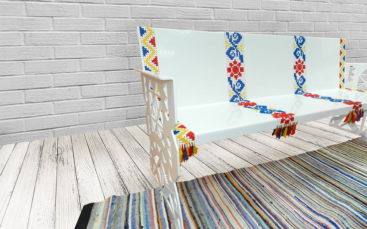"""Banca traditionala tricolor realizata din tabla perforata. Lateralele bancii sunt decupate cu forme traditionale prezente din vechime in folclorul romanesc. """"Tricolor"""" traditional bench made of perforated sheet. The bench sides are cut with ancient traditional forms present in Romanian folklore.   #mobiliertraditional #amenajari #bancametalica #tablaperforata #steelfurniture #metalcreativ"""