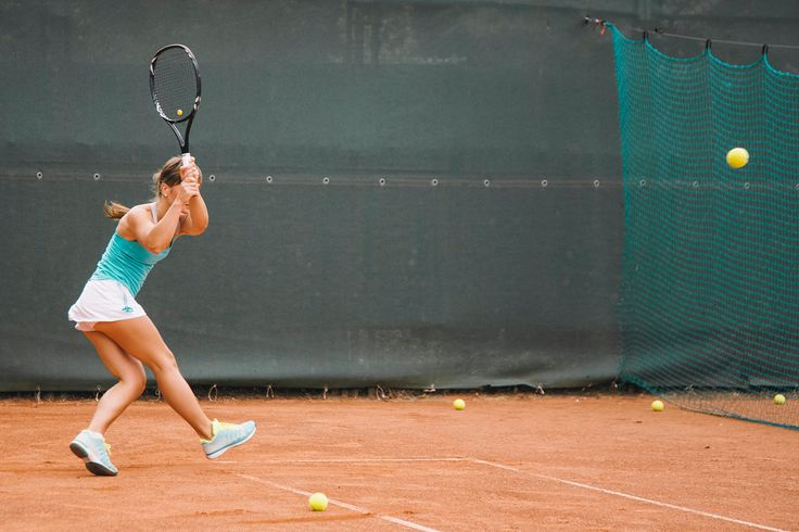 7 Tennis Classes You Need to Check Out ASAP