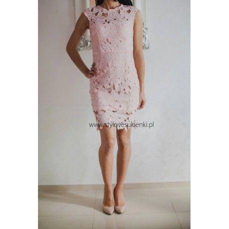 Różowa koronkowa sukienka ołówkowa mini z krótkim rękawkiem