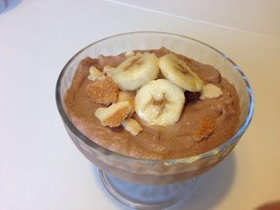 Coppa nutella mascarpone e crumble alla banana  http://www.cucinaconbenedetta.com/?p=964  La coppa nutella mascarpone e crumble alla banana è un dolce fresco ma molto goloso, che associa la dolcezza della crema al cioccolato con l' acidità della banana e la croccantezza del crumble . Questa coppa nutella mascarpone e crumble alla banana mi è passata per la mente qualche giorno...  #Dolciedesserts, #Ricette #Benedetta #Cucina