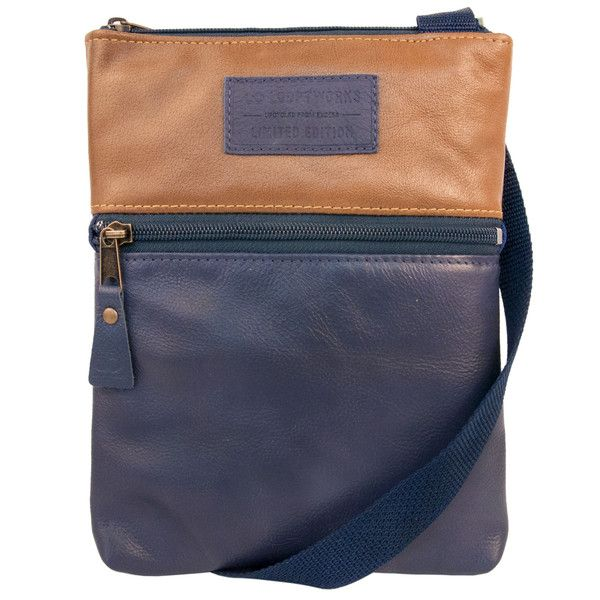 Zipped front pocket and zipped top. Practical and safer in terms of pick pocketers.