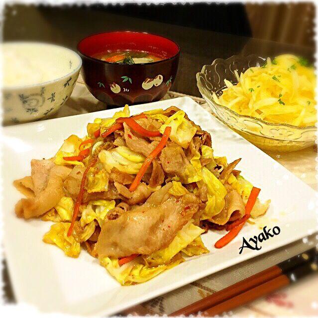 ・豚キャベツ炒め ・新たまねぎのサラダ ・ご飯 ・大根のお味噌汁 - 66件のもぐもぐ - ふつうの晩ご飯 by ayako1015