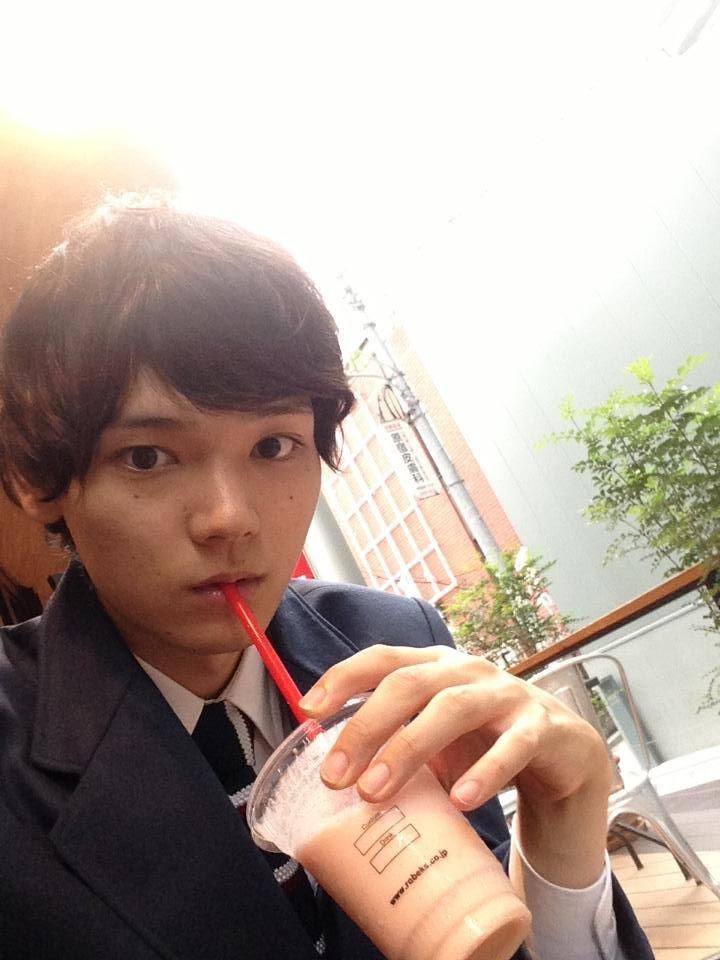 カフェの古川雄輝