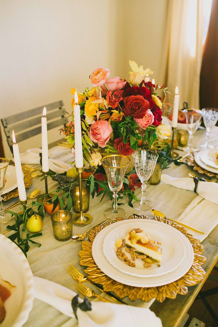 Gorgeous Fall to Winter table setting decor with a glimmer of gold!