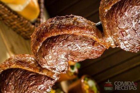 Receita de Picanha no espeto em receitas de carnes, veja essa e outras receitas aqui!