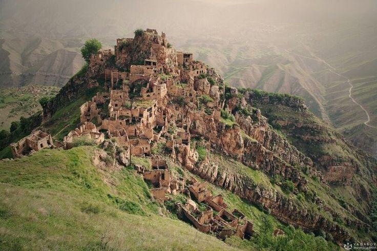 Заброшенное село Гамсутль