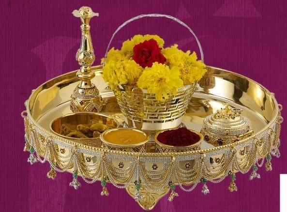 1000 images about pooja thali on pinterest puja room for Aarti thali decoration with flowers