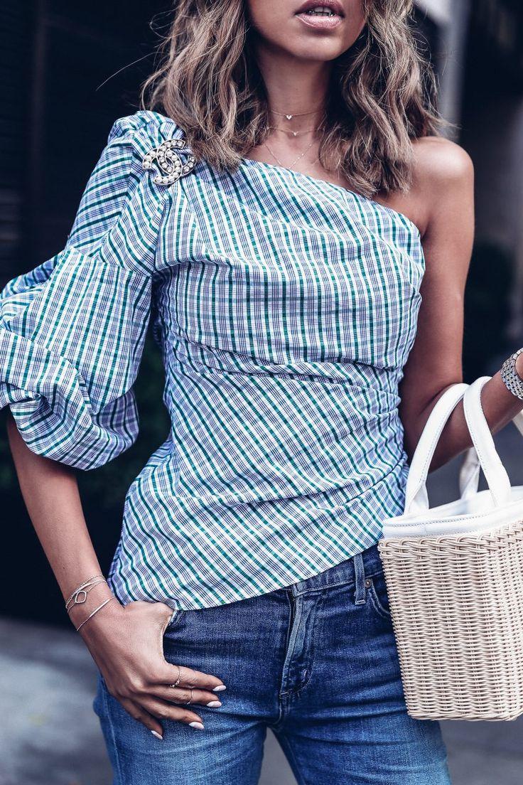 The VivaLuxury | Asymmetry - one shoulder puff sleeve top