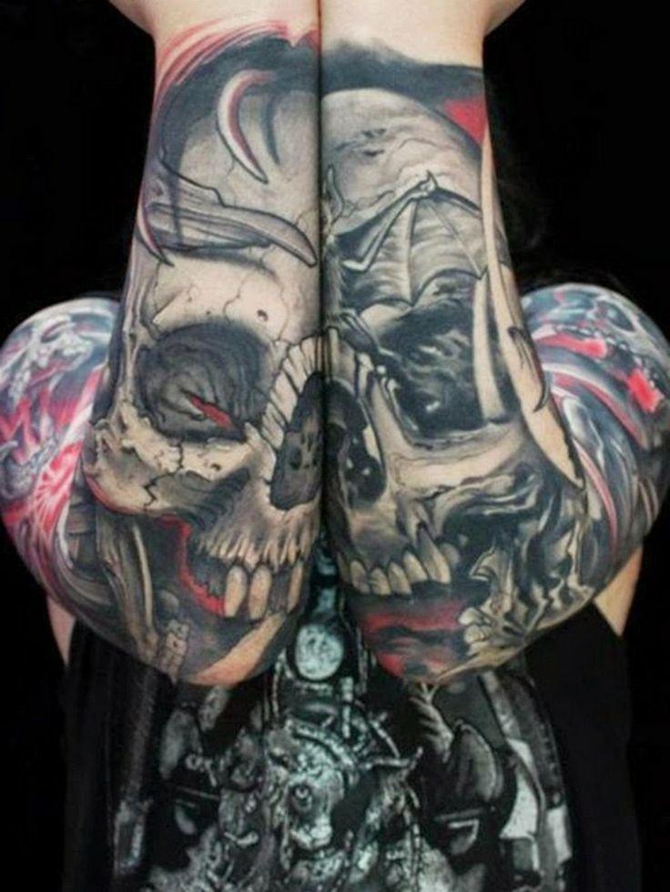 Totenkopf Tattoo Ganzkörper Hand