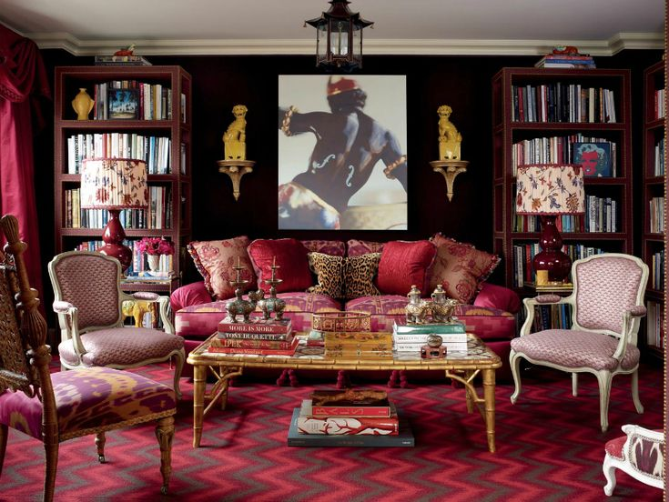 7 Impressive Living Room Ideas By Alex Papachristidis | Alex Papachristidis is a New York City-based interior designer known for creating imaginative interiors. Here are the designer's most beautiful living room projects with modern sofas! Find more here: http://modernsofas.eu/2016/07/11/impressive-living-room-ideas-alex-papachristidis/ #modernsofas #livingroomset #homedecor