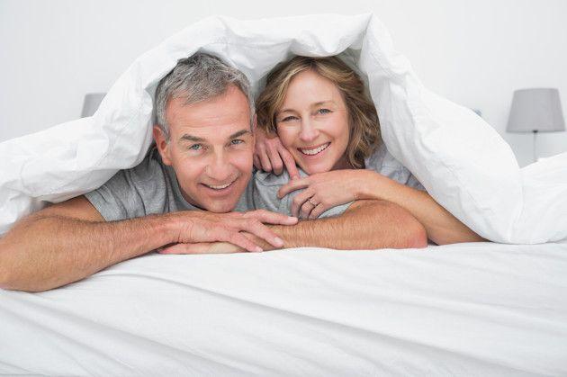 Algunas veces las parejas discuten mucho acerca del sexo, de manera que se preguntan si es en verdad necesario para tener un matrimonio feliz.