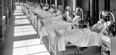 Sanatorio de wavrrly Hills  Seguro que has oído hablar alguna vez del Sanatorio de Waverly Hills. Lugar considerado como uno de los más encantados de los Estados Unidos, ha sido encantado por décadas de sufrimiento.  Situando cerca de Louisville, Estados Unidos, en el estado de Kentucky, el sanatorio de Waverly Hills abre sus puertas en 1910 con el fin de tratar a las víctimas que sufren de tuberculosis.