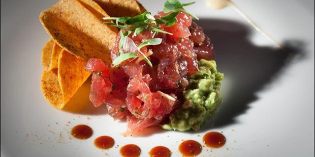 Best 25 tuna tartar ideas on pinterest tuna tartare for Tuna fish tacos