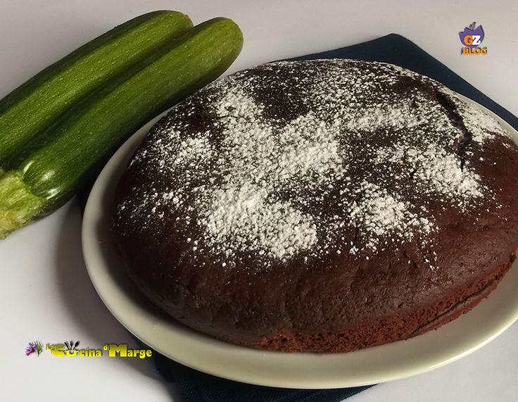 Ieri pomeriggio ho preparato una torta buonissima bella morbida la Torta di zucchine e cioccolato. Tempo fa avevo preparato una torta al cioccolato e ..