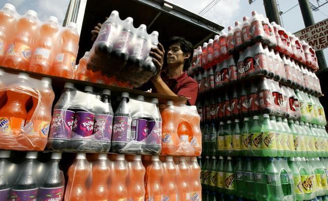 En México, el promedio de consumo de bebidas carbonatadas es de 163 litros por persona al año, factor causal de las epidemias de obesidad, diabetes y enfermedades cardiovasculares