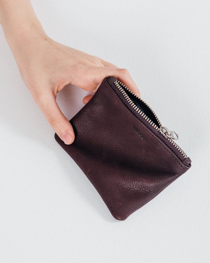 Small Flat Pouch - Oxblood