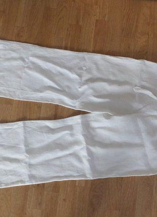 Kupuj mé předměty na #vinted http://www.vinted.cz/damske-obleceni/kalhoty-ostatni/15586939-bile-platene-kalhoty