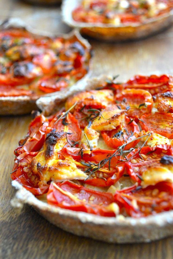Tomato tartines