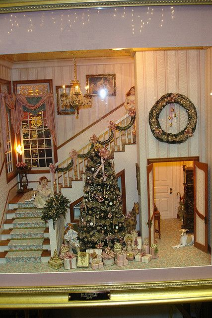 Brooke Tucker Christmas Room by Peach Blossom Hill, via Flickr
