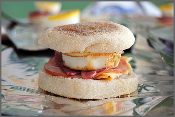 Learn how to make your own frozen Egg Muffin Breakfast Sandwiches at Sparkles of Sunshine